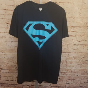 Superman t Shirt with Blue Emblem Size L